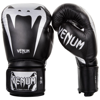 Перчатки Venum Giant 3.0 Boxing Gloves Nappa B/Silver (01712) фото 1
