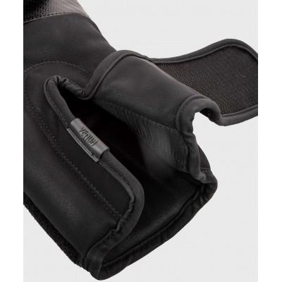 Боксёрские перчатки Venum Impact Boxing Gloves B/B (02027) фото 5