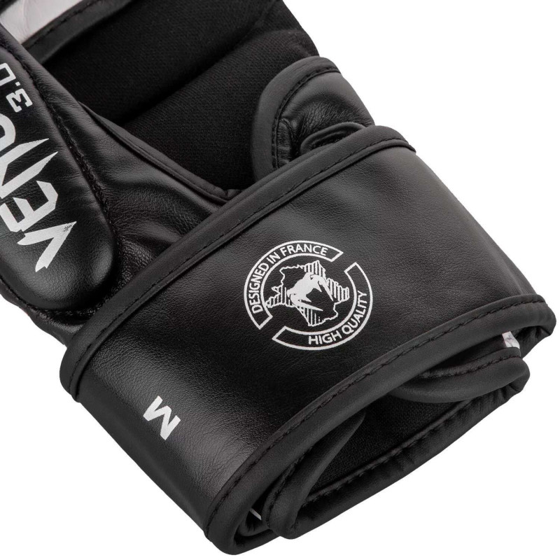 Перчатки для спаррингов Venum Challenger 3.0 Черные/Белые (01844) фото 5