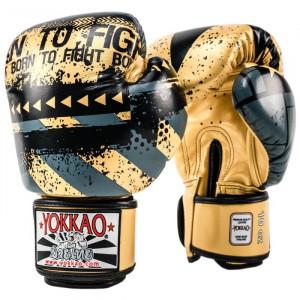 Боксёрские перчатки YOKKAO Hustle Muay Thai gold/black