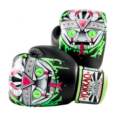 Боксёрские перчатки YOKKAO Apex Snake Muay Thai black (01643) фото 1