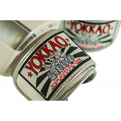 Перчатки YOKKAO FIGHT TEAM WHITE/SILVER Boxing Gloves (01518) фото 4
