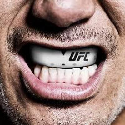 Капа OPRO Bronze UFC Hologram White (01605) фото 6