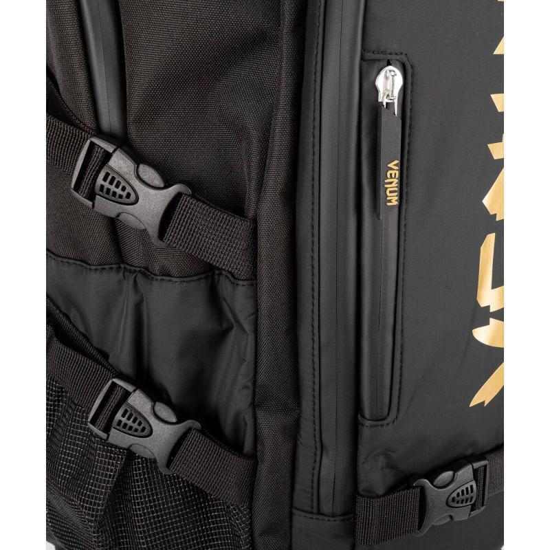 Рюкзак Venum Challenger Xtrem Evo Black/Gold (02166) фото 7