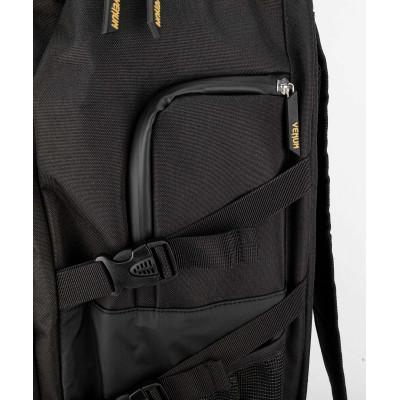 Рюкзак Venum Challenger Xtrem Evo Black/Gold (02166) фото 8