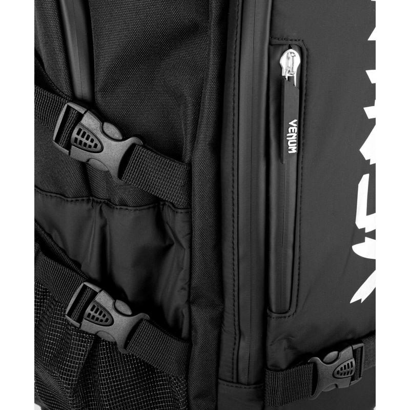 Рюкзак Venum Challenger Xtrem Evo чорно-білий (01986) фото 7