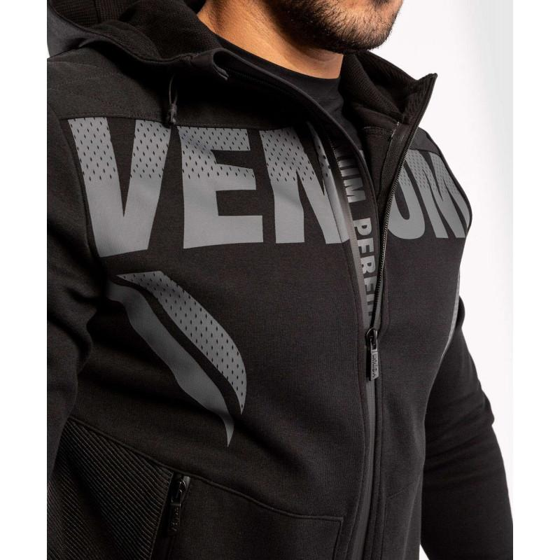 Толстовка Venum ONE FC Impact Hoodie Black/Black (02070) фото 5