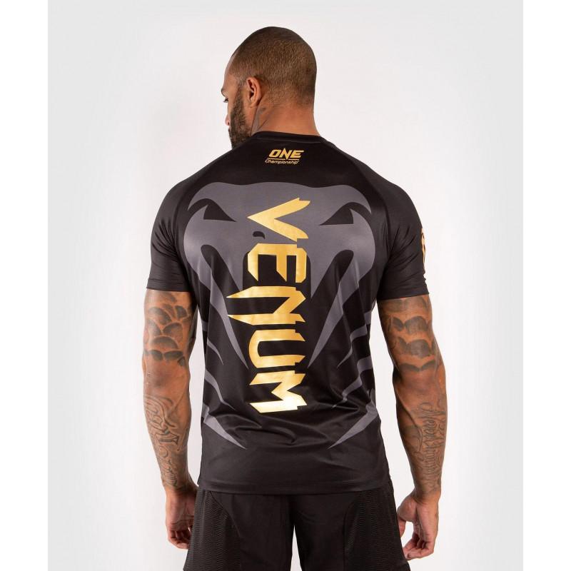 Футболка Venum ONE FC Dry Tech Чорний/Золотий (01951) фото 2