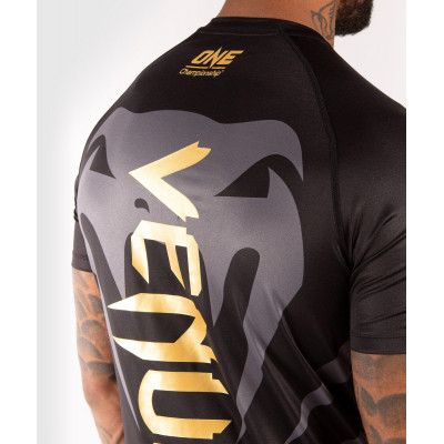 Футболка Venum ONE FC Dry Tech Чорний/Золотий (01951) фото 6