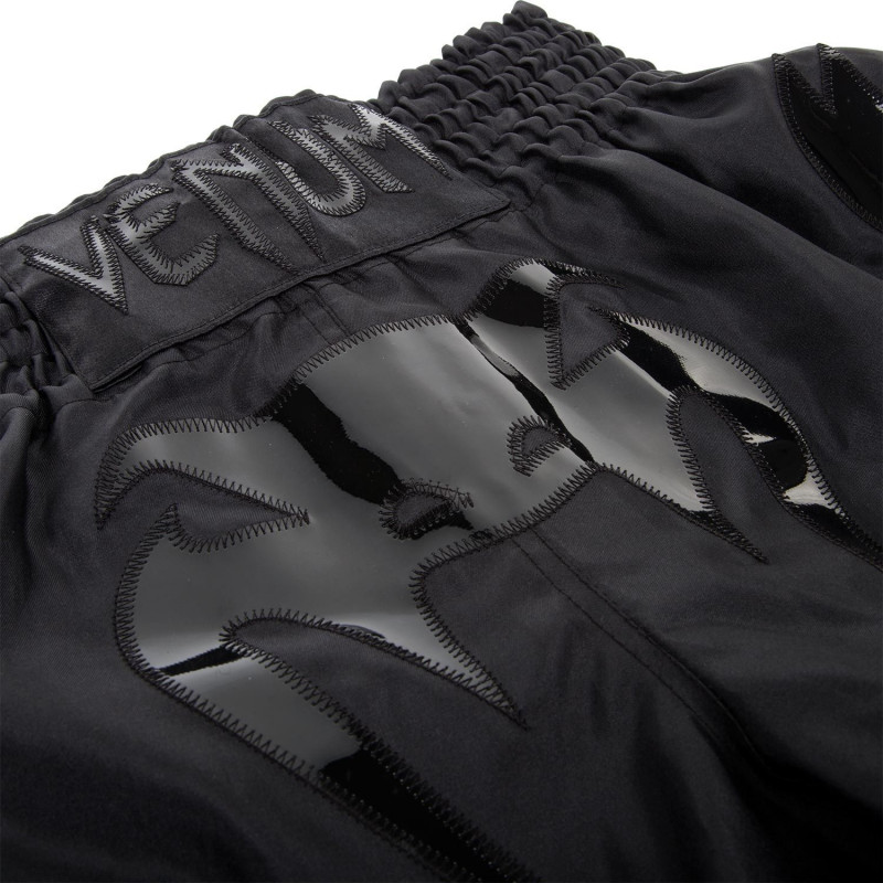 Шорты Venum Bangkok Inferno Muay Thai Shorts Black (01698) фото 3