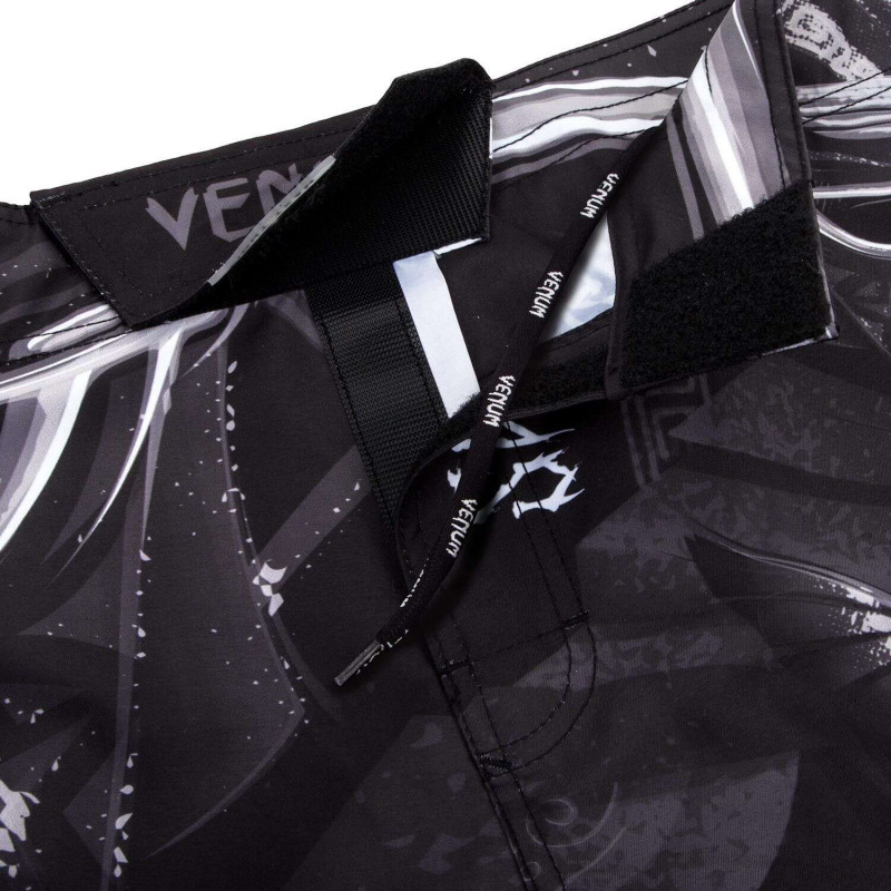 Шорти Venum Gladiator 3.0 Fightshorts Чорно-білі (01820) фото 5
