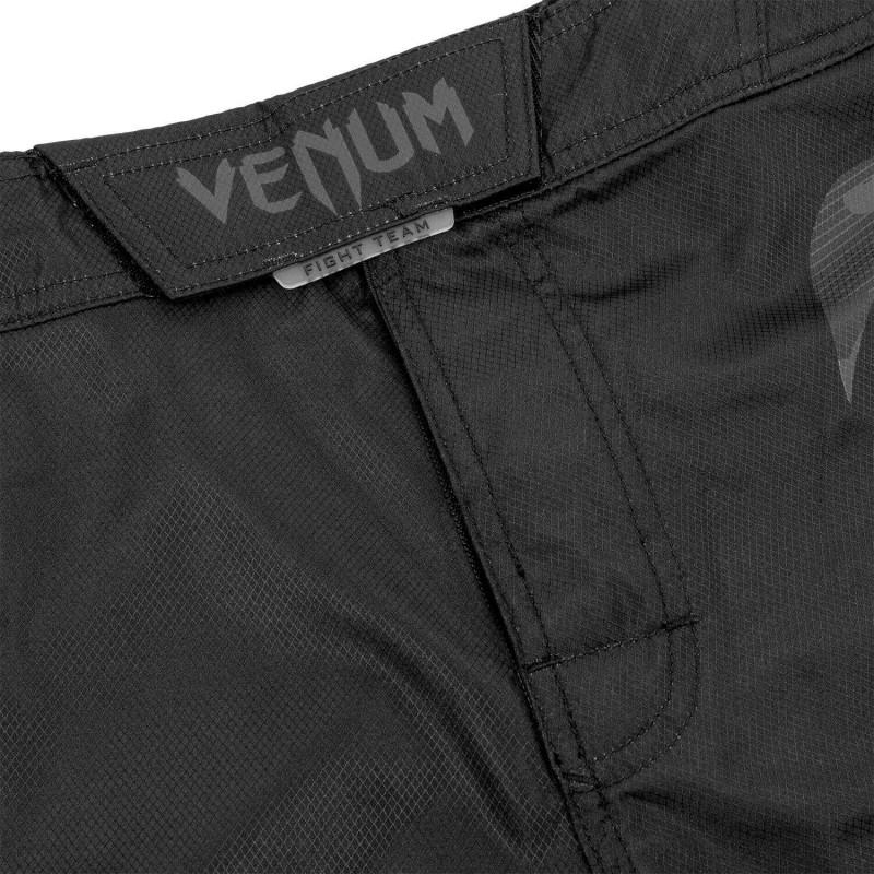 Шорты Venum Light 3.0 Fightshorts Черные/Темный камуфляж (01817) фото 5