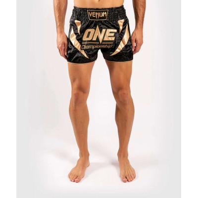 Шорты Venum ONE FC Muay Thai Shorts Black/Gold (01952) фото 1