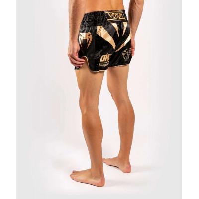 Шорты Venum ONE FC Muay Thai Shorts Black/Gold (01952) фото 4