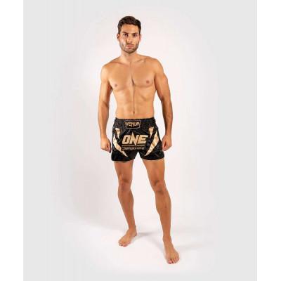 Шорты Venum ONE FC Muay Thai Shorts Black/Gold (01952) фото 8