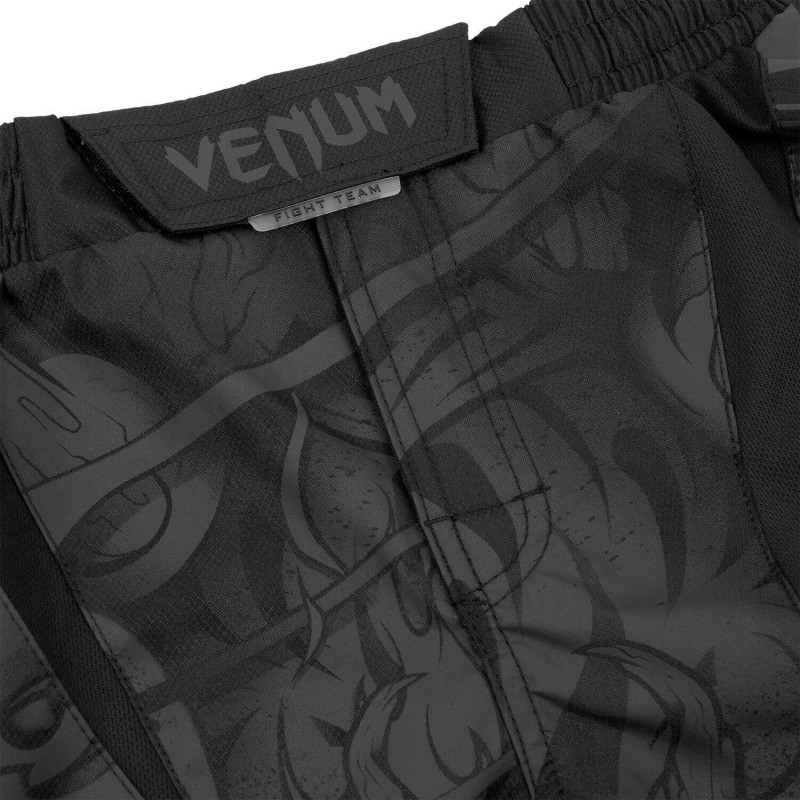 Шорты Venum Devil Fightshorts Black/Black (01993) фото 5