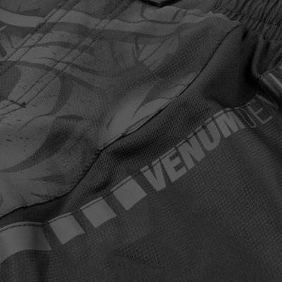 Шорты Venum Devil Fightshorts Black/Black (01993) фото 6