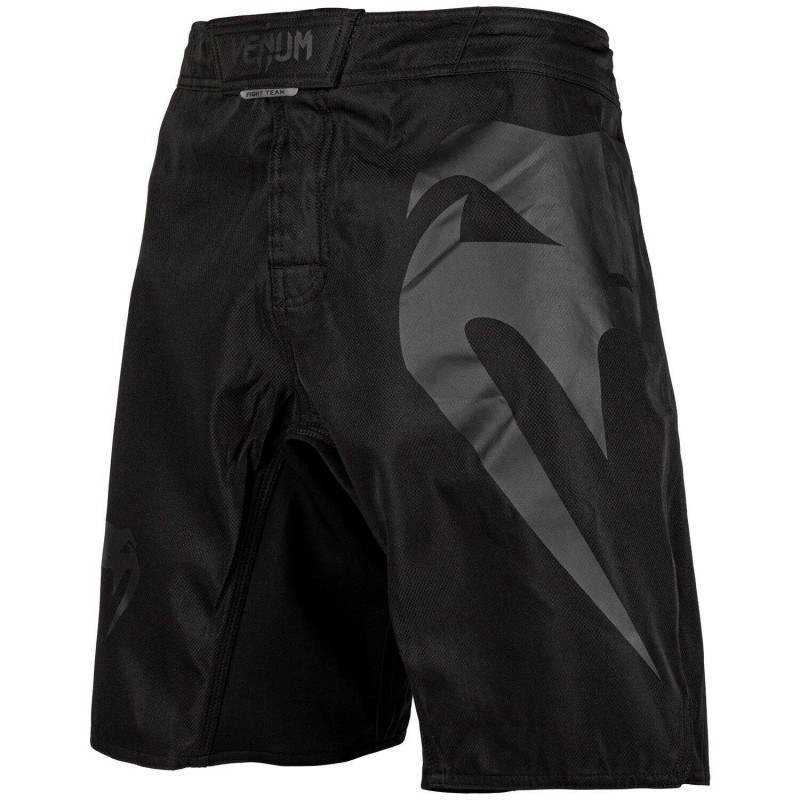 Шорты Venum Light 3.0 Fightshorts Black/Black (02011) фото 1