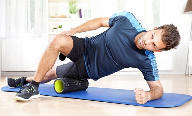 Упражнения с массажными роликами
